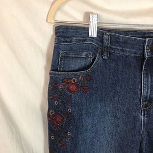 Style & Co Jeans - Style & Co Embroidered Jeans Size 10